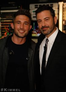 """Michael Ray makes late night debut on """"Kimmel""""; Charitable partnership with Zappos sells out"""