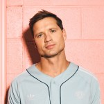 "Rising Country Star, Walker Hayes, reminisces about ""90's Country"" with the premiere of his new single on ""Good Morning America"""