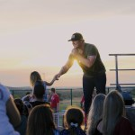Jerrod Niemann salutes 100 years of U.S. Army III Corps; Headlines USO concert at Fort Hood, Texas (9/28/18)