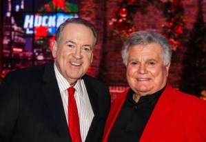 Tune-In: Leroy Van Dyke, Shenandoah appear on this weekend's edition of HUCKABEE