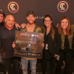 Chris Lane surpasses one billion career streams