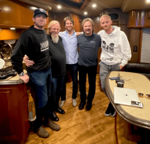Travis Tritt signs new record deal with Big Noise Music Group ahead of new album release