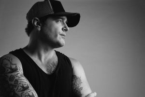 "(Listen Now) Jerrod Niemann takes ""The Blame"" for his own heartache"