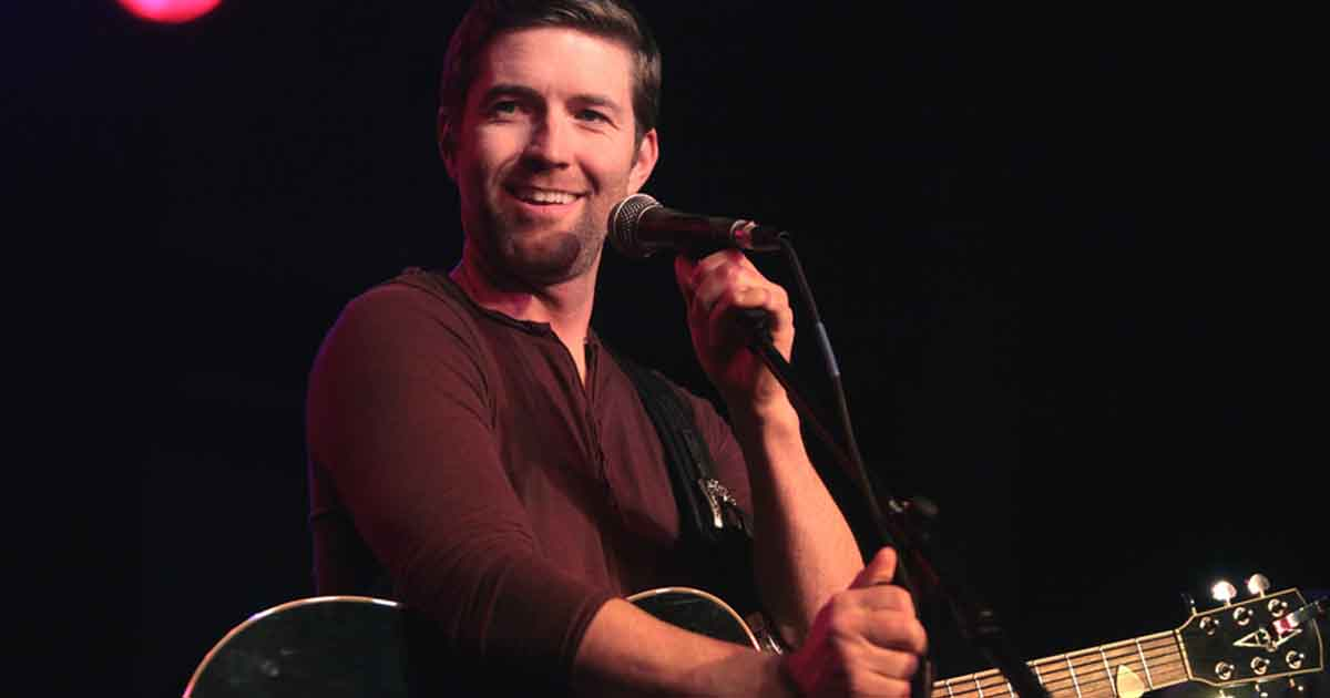 Josh Turner Happily Celebrates His 42nd Birthday 1