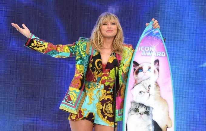 Taylor Swift, Taylor, Swift, Lil Nas X, MTV VMAs, MTV
