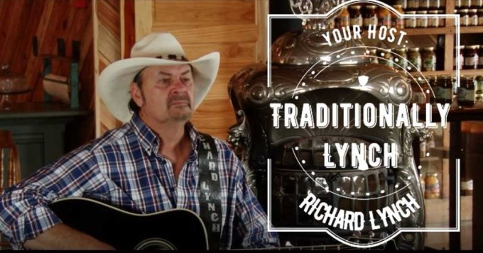 Country Singer Richard Lynch Honored with American Patriot Award 1