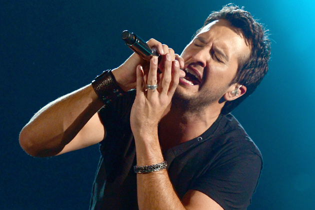 Single Review Luke Bryan Drink A Beer Country Universe