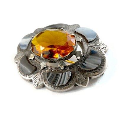 Oval Agate Kilt Pin