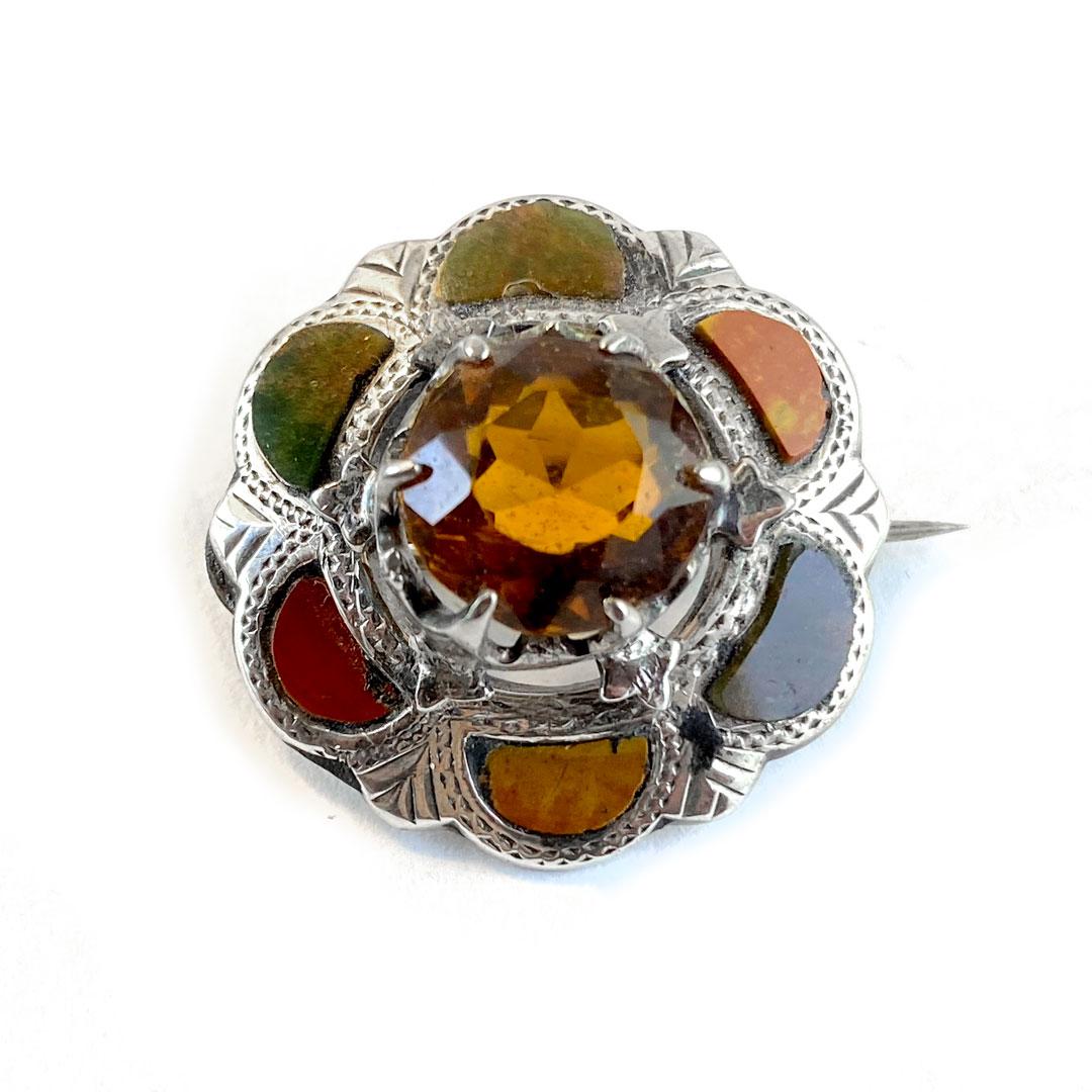 Small Agate Kilt Pin