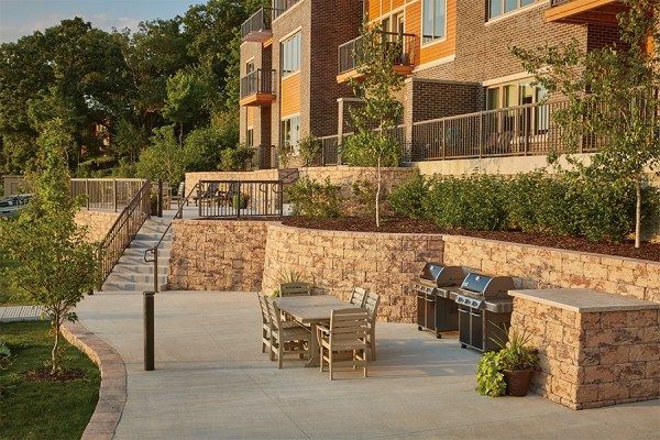 2017 excellence in hardscape awards