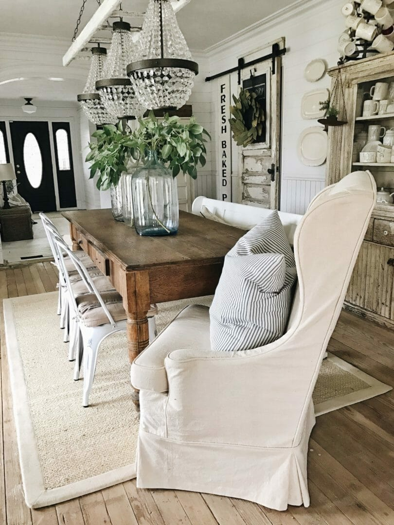 Hgtv shows how to create a chic farmhouse look and satisfy your color cravings all at the same time. Inspiration for a Modern Farmhouse Dining Room - County ...