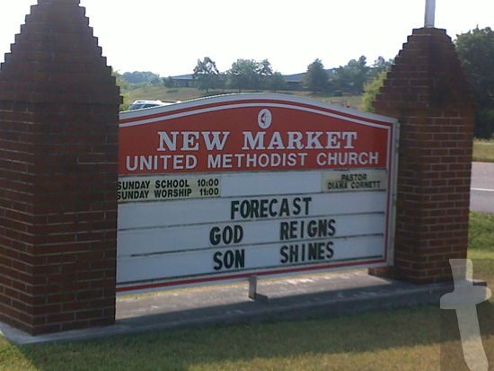 Forecast God Reigns, Son Shines Church sign