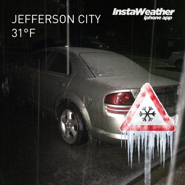 Icy Jefferson City at night