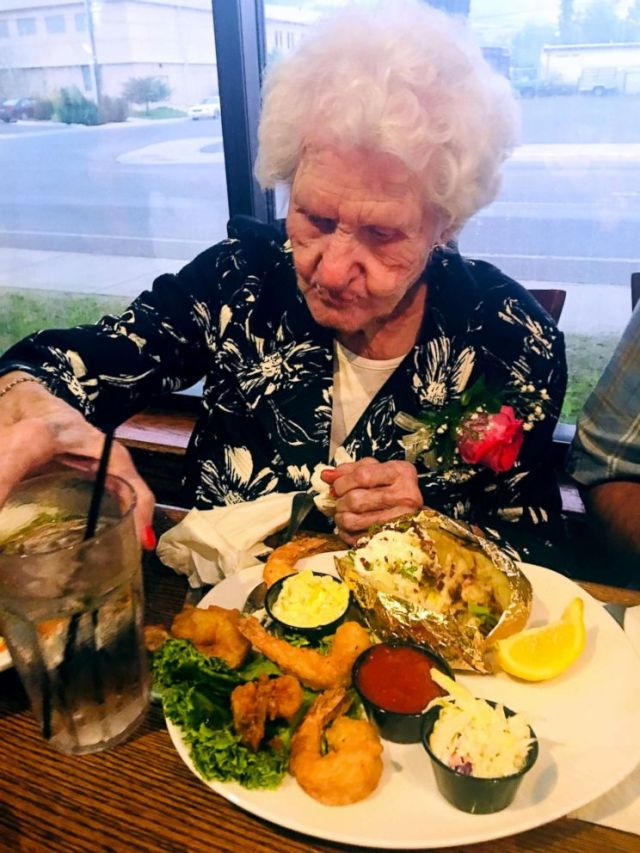 Montana Restaurant Offers a Discount Based On Your Page, A 109-Year Old Woman Got Paid to Eat There! Montana Club in Missoula, Montana offers an awesome birthday discount the older you are and in some cases it may just pay you too.  Helen Self got a free meal and money back too!