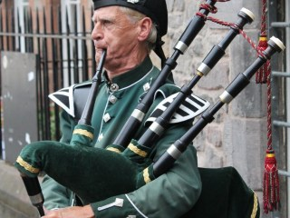 International Bagpipe Day a day to go out and play your bagpipe anywhere and to everyone you can. #InternationalBagpipeDay #BagpipeDay #BagPipes