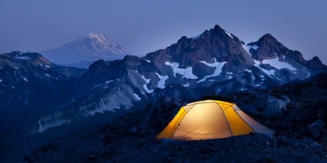 Tente en montagne