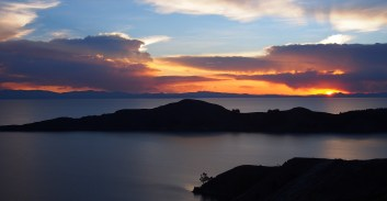 coucher de soleil lac titicaca Bolivie