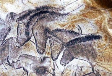 peintures-chevaux-grotte-chauvet-caverne-pont-arc-ardeche