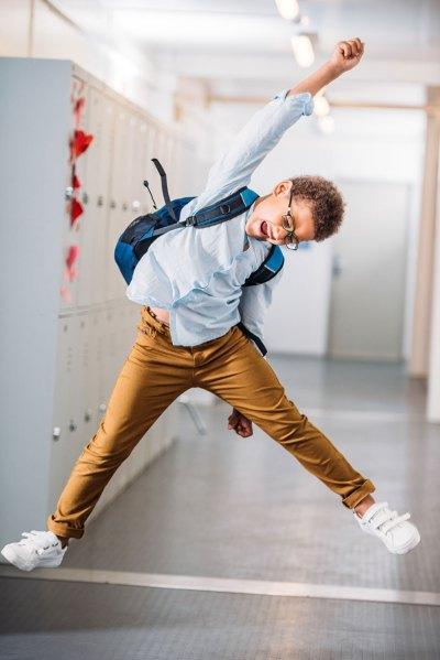 collégien heureux réussite aide devoirs