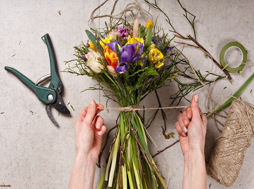 Bloom with a Flower Arranging Course!