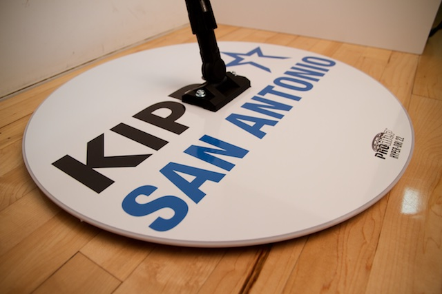 KIP SAN ANTONIO - HYPER-DRI 22 ROUND BASKETBALL/VOLLEYBALL SWEAT MOP
