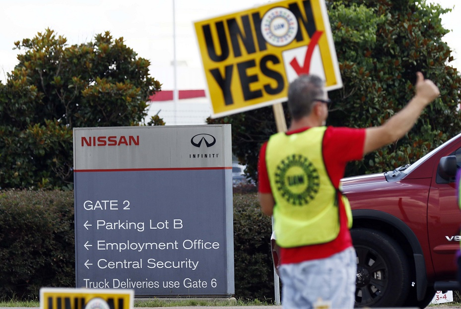 Teamsters Union Stands With Nissan Workers In Mississippi