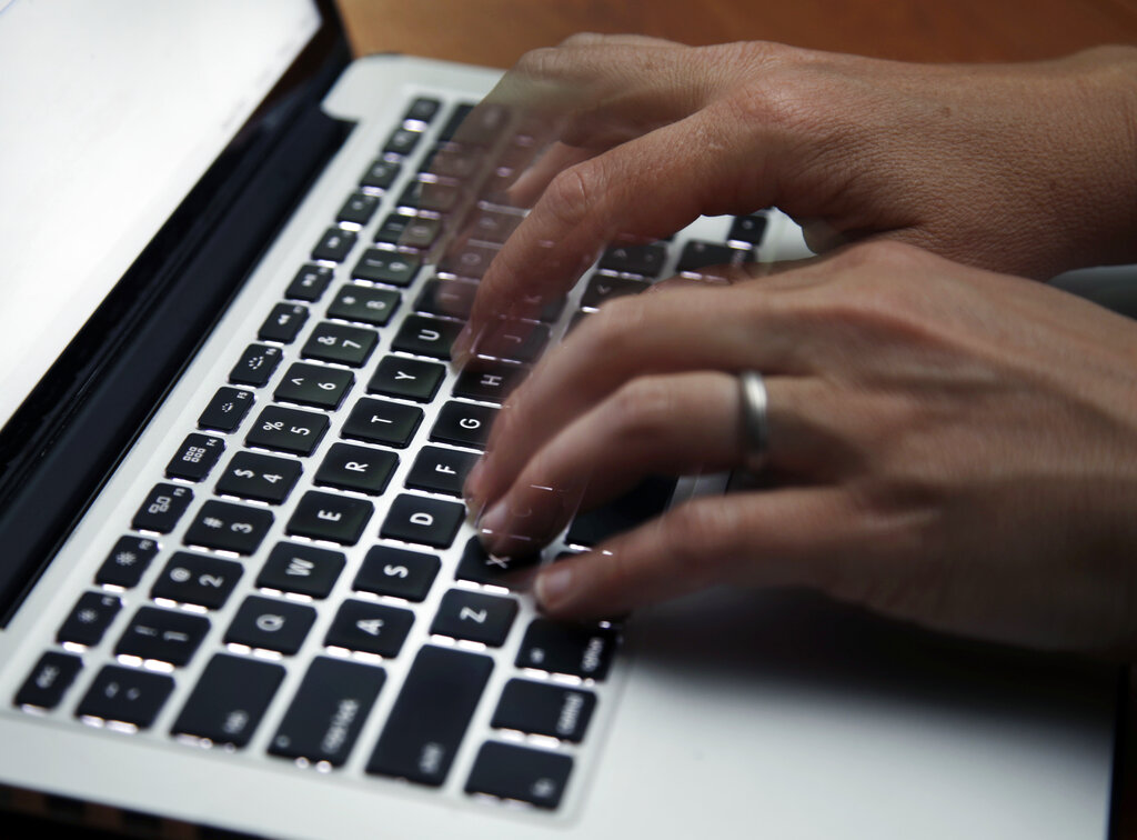 EU Internet Providers Can ID Customers Accused of Illegal Downloads