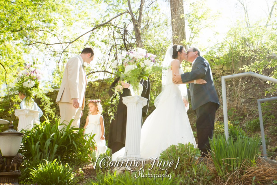 lowell-inn-stillwater-wedding-photographer-minneapolis-wedding-photographer-14
