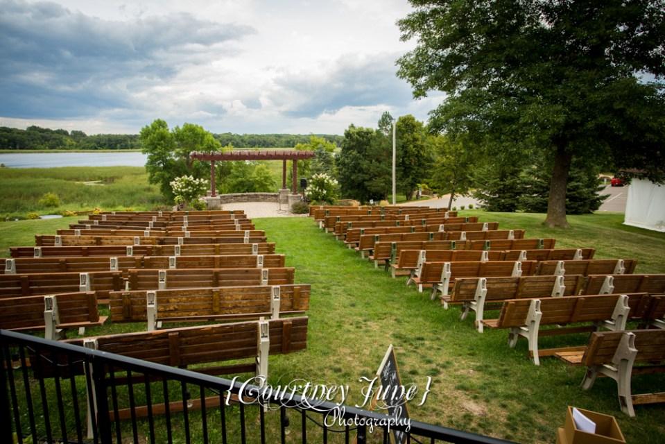 Minnesota Horse and Hunt Club Wedding Photographer