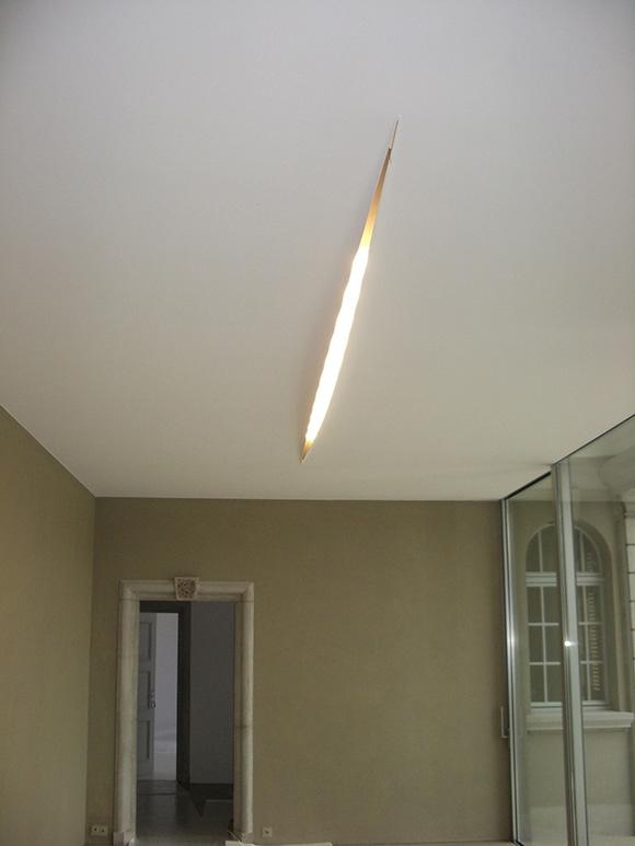 Creative contemporary Lighting, ceiling slit light