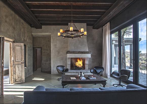 Casa Bohemia review on www.CourtneyPrice.com