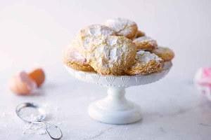 Almond cookies, recipe on www.CourtneyPrice.com