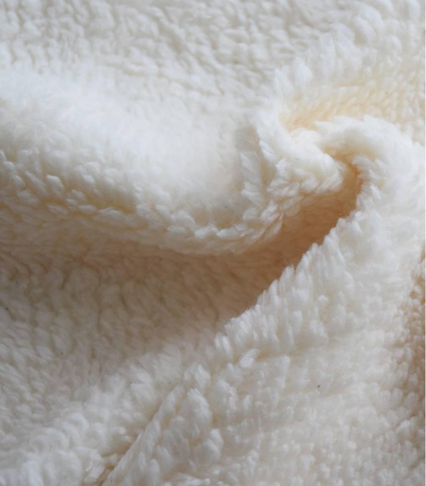 tissu fausse fourrure mouton ecru