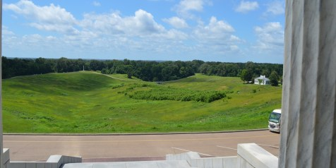 Vicksburg view of the battlefield from the Illinois monument