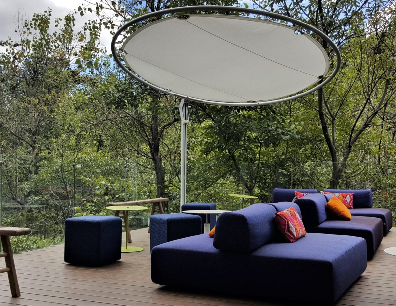Round Celeste Cantilever 360 Rotation Adjustable Luxury