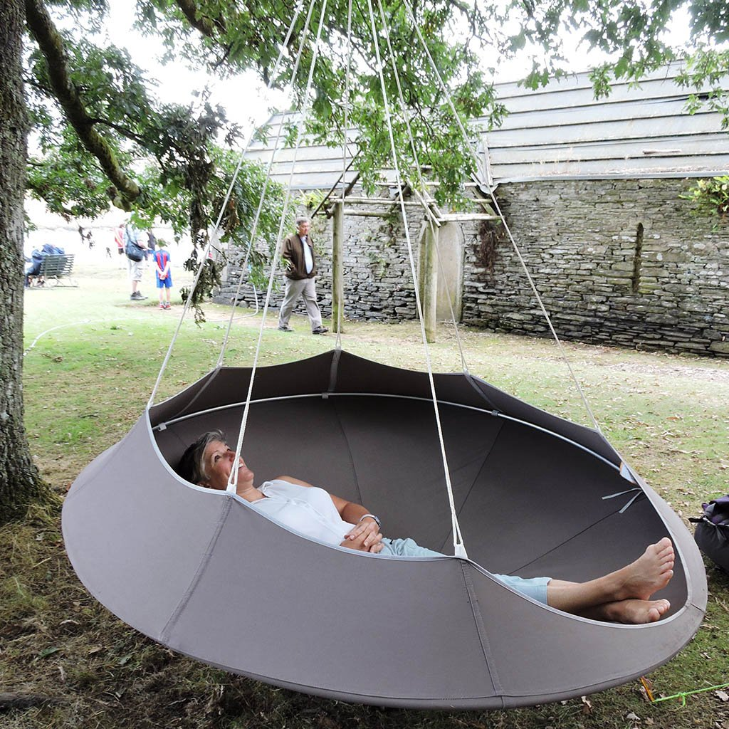 Cozy Modern Swing Hammock  Couture Outdoor