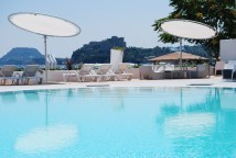 Celeste Cantilever 360 Rotation Adjustable Luxury