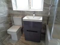 23 Luxury Grey Stone Effect Bathroom Tiles