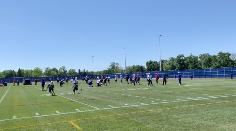 buy online bfda3 e08c5 Buffalo Bills Minicamp: WR drills give glimpse into new offense