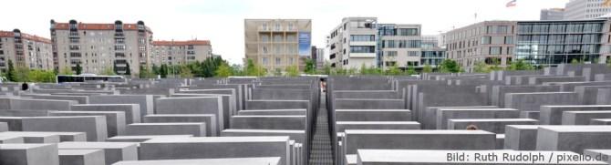 Holocaustgedenkstätte Berlin; Bild: Ruth Rudolph / pixelio.de