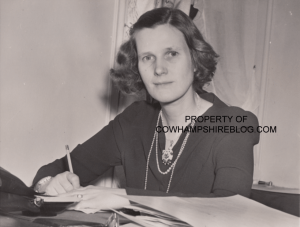 Mrs. Constance (Russell) Winant, circa 1941