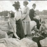 Manning family on the Amoskeag