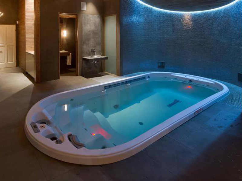 Hot Tubs and Exercise Spas  Cox Pools
