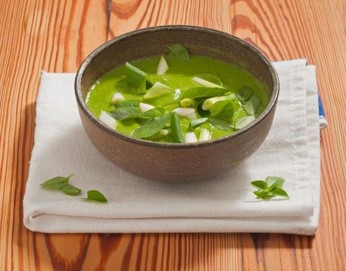 Sopa de ervilha e manjericão com cebolinha | Cozinha do João