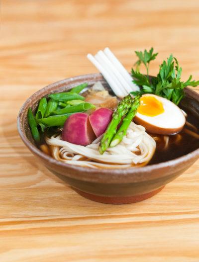 Receita: Sopa japonesa shoyu udon de carne