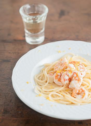 Receita de Spaghetti com camarões ao limão | Cozinha do João