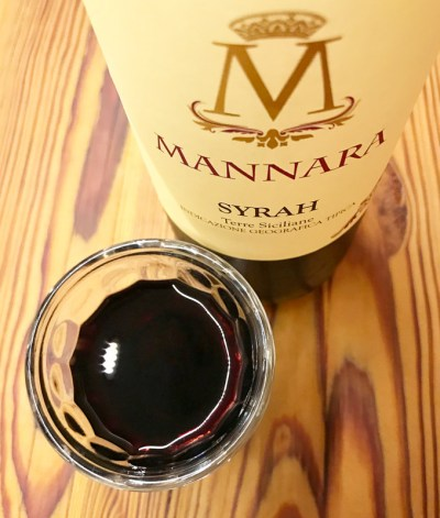 Vinho Mannara Syrah, vendido pela evino | Cozinha do João