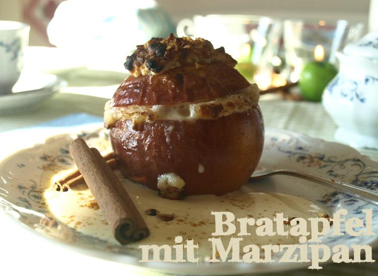 Bratapfel mit Marzipan und Zimt