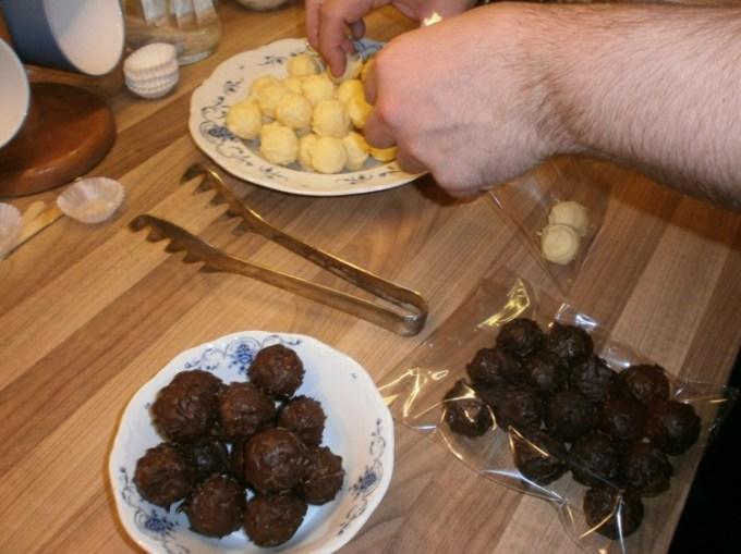 Schoko-RumTrüffel mit Olivenöl und Fleur de Sel