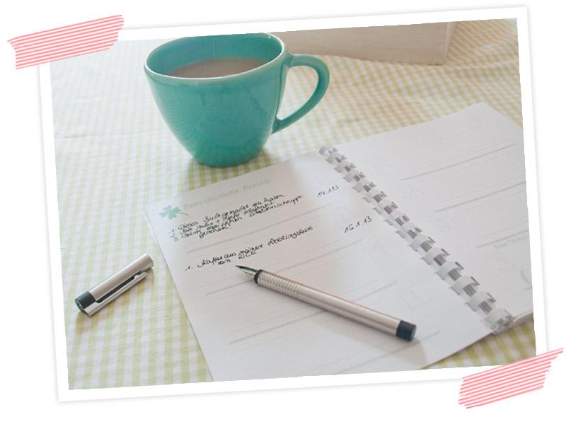 Schreibe jeden Tag deinen Glücksmoment in die Wochenansicht! Glückskalender zum selber basteln!